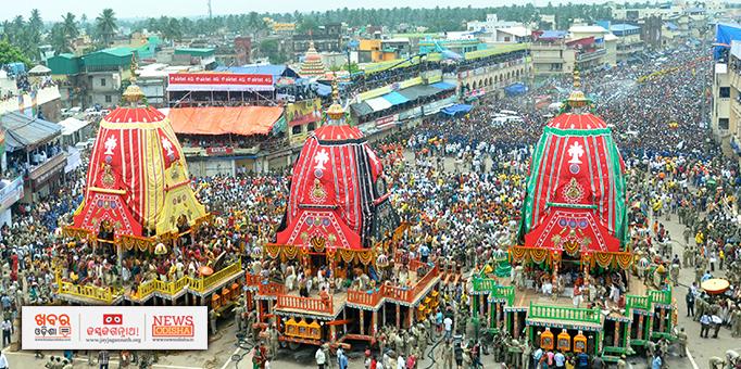 Khabar Odisha:A-sea-of-devotees-on-Bada-Danda-during-Rath-Jatra-