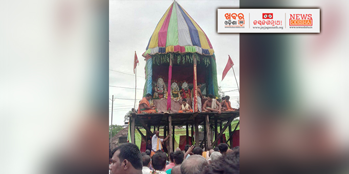 Holy trinity on the chariots on occasion of Bahuda Yatra at Bhandaripokhari in Bhaddrak