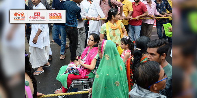 A divyang visits ISCKON temple at Ujjain on occasion of Rath Yatra