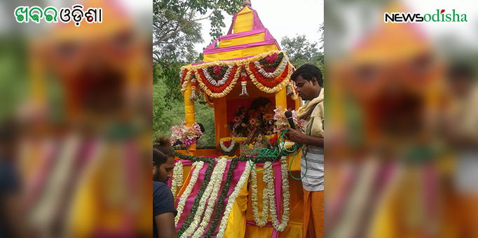 Colorful chariot takes the Trinity Lords back from Tara Tarini Temple on Bahuda Yatra to their home at Sector VI in Rourkela