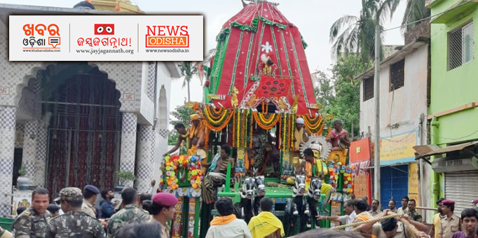 Jagannath temple in Chandni Chowk and Patitapaban temple at Dolamundai witnessed a huge gathering of devotees on Bahuda yatra