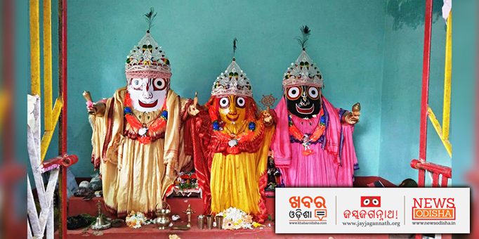 Pictures of the Holy Triad from Jagannath Temple
