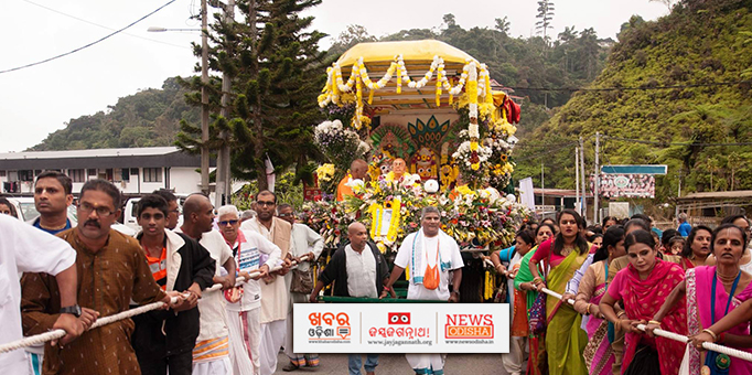 Devotees pulling chariot at Cameron Highlands, Malaysia