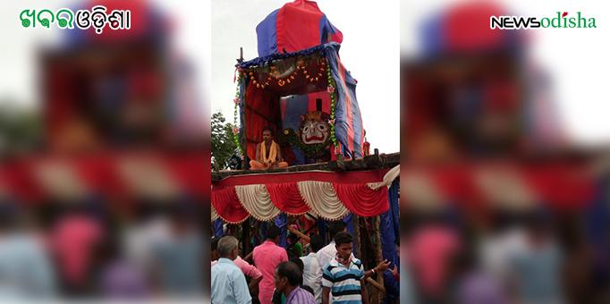 Lord Balabhadra atop the chariot during return jourmey at Kotsamalai in Subarnapur