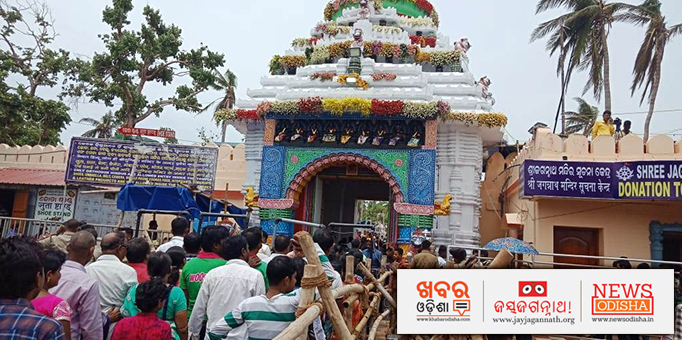 Jay Jagannath: Hundreds-of-thousands-devotees-throng-to-Shree-Gundicha-Temple-every-day-to-get-a-glimpse-of-the-Lord