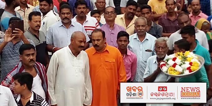 Large crowd during Ratha Yatra at Badamba