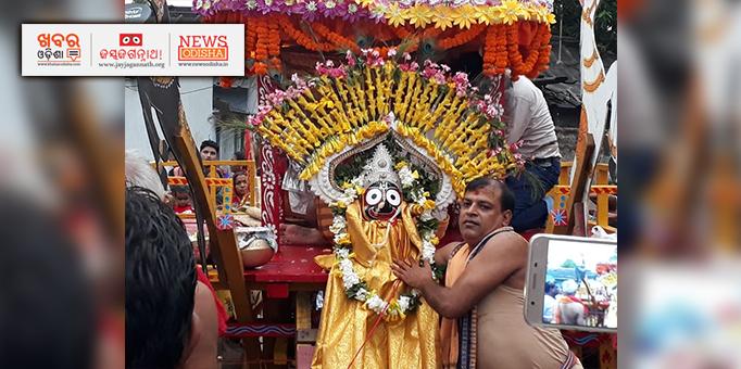 Lord Jagannath on chariot at Kalupada in Hirakud in Sambalpur