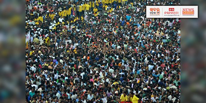Khabar Odisha:Lakhs-of-devotees-gather-to-witness-Rath-Jatra-in-Puri--