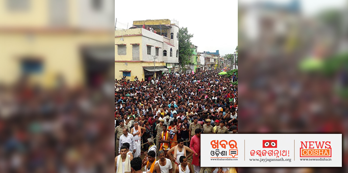 Thousands of adherents thronge to Boudh's Jagannath Temple to get a glimpse of the Lord